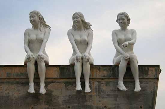 estatuas desnudas