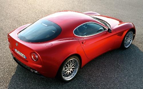 Alfa-Romeo-8C